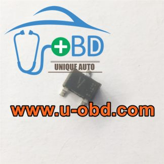 V Commonly used Mitsubishi ECU ignition driver chip beside X1