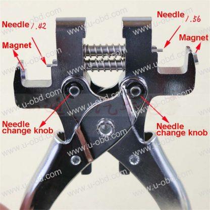 Automotive key dowel rods extractor